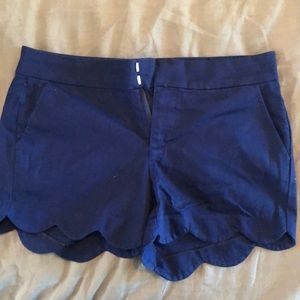 Blue scallop short